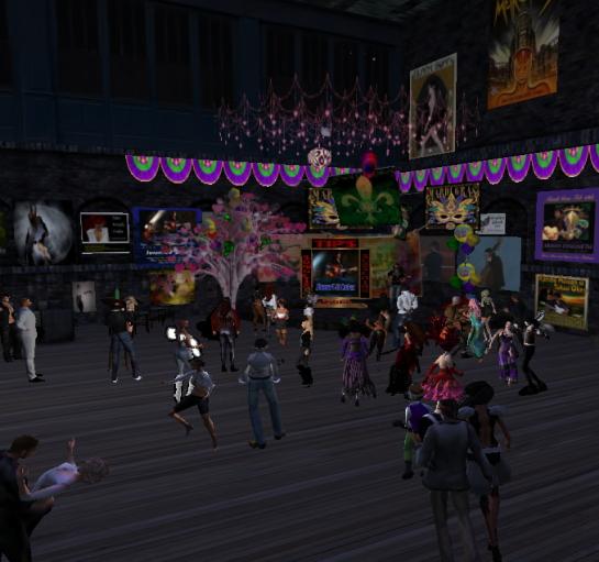 Dancing to JimmyT at Kari's (photo by Karima Hoisan)